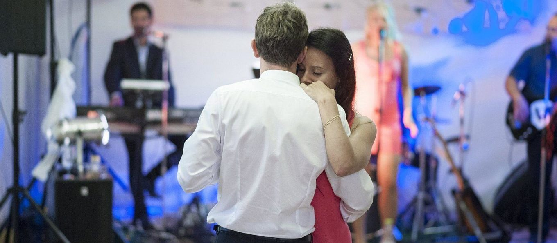 Gyönyörű balladák, romantikus esküvői pillanatok!