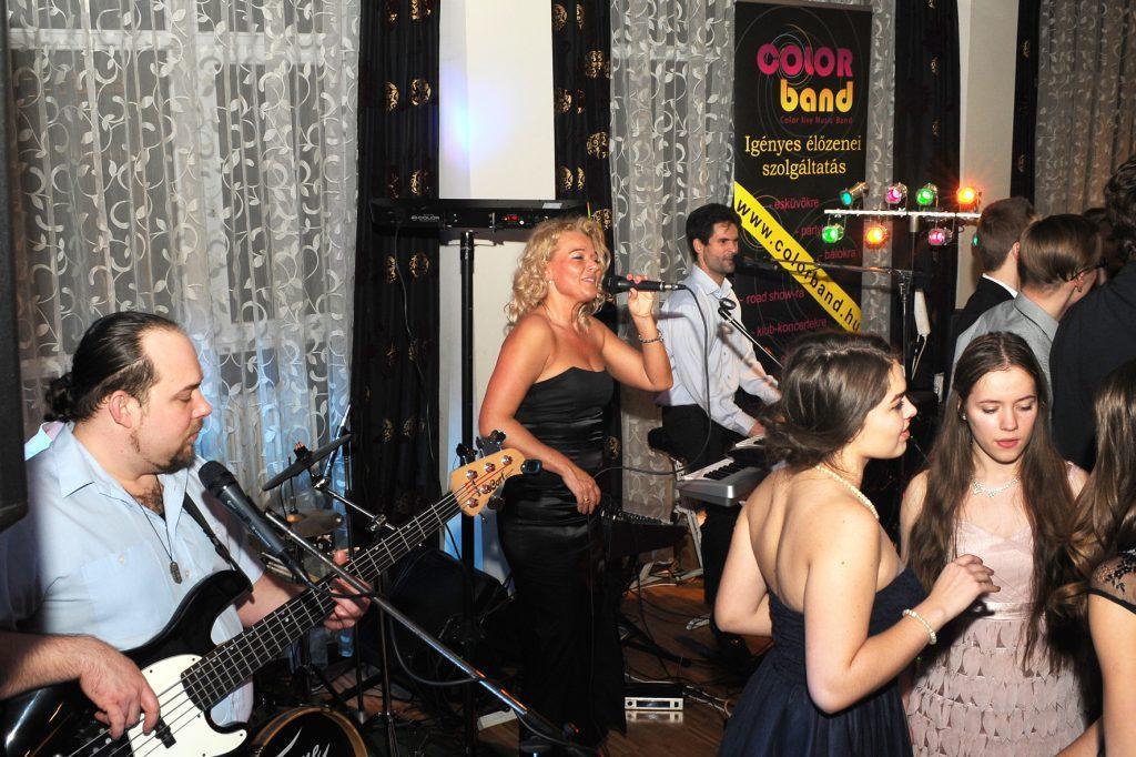 Zenekar esküvőre Colorband