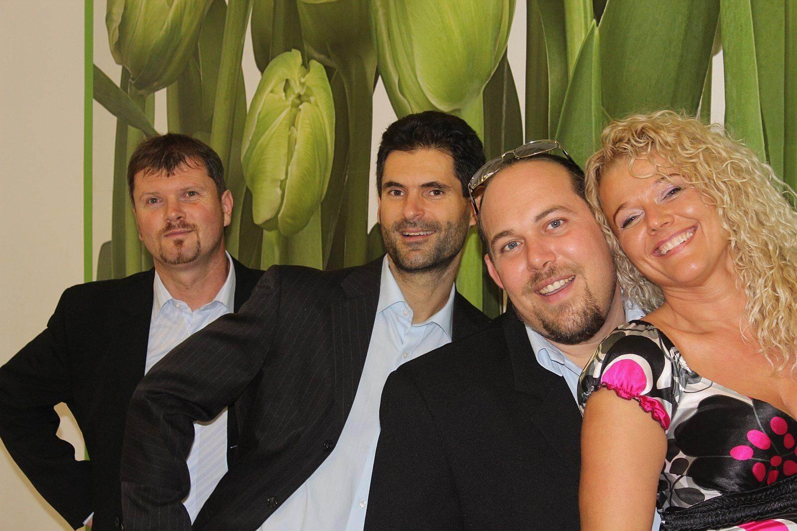 Zenekar Colorband team