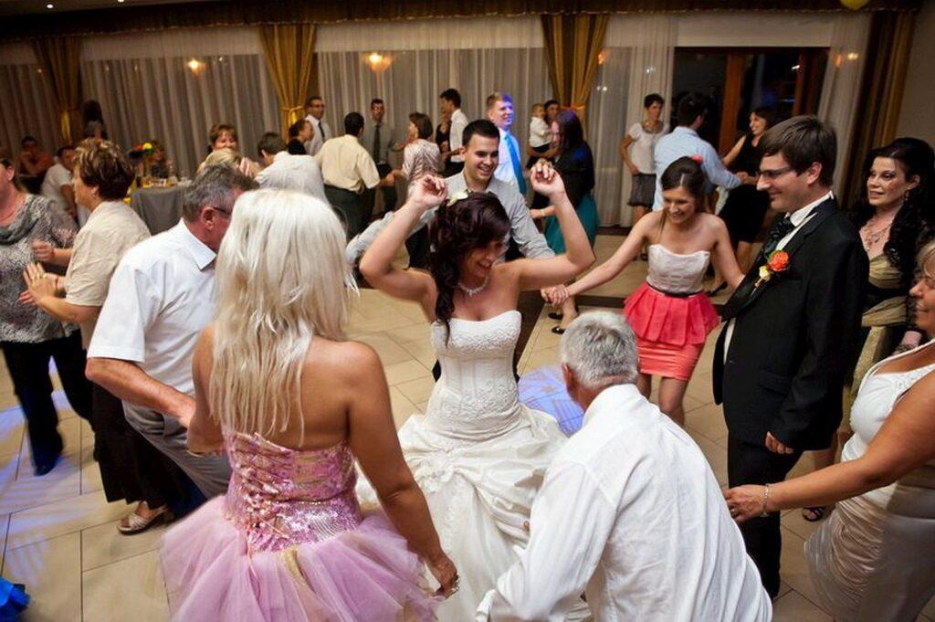 esküvői zenekar ár árak