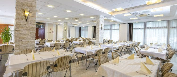 Paks Duna Hotel esküvő