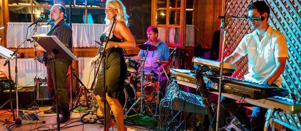 Esküvői-party zenekar Colorband